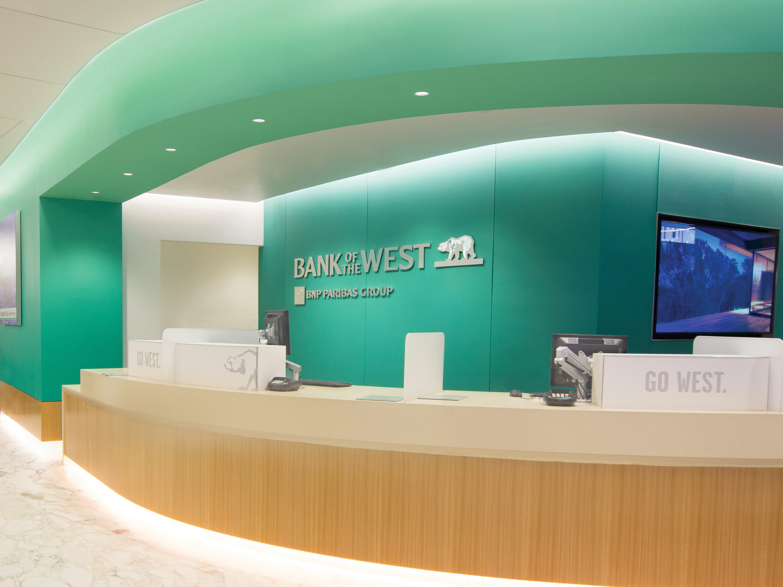 Bank of the West Unveils New, Redesigned Branch at San Francisco Corporate Headquarters