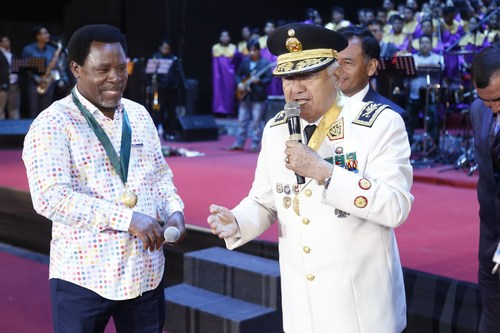 The President of the Generals, Admirals and the Officers of the Armed Forces of Peru, General Juan Gonzalez Sandoval, bestows a military decoration upon T.B. Joshua. (PRNewsFoto/Emmanuel TV)