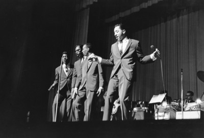 Smokey Robinson & The Miracles.  (PRNewsFoto/TJL Productions)