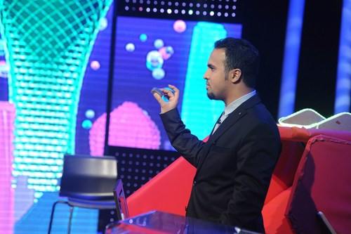 Abdullah facing the jury with his functional prototype during the engineering prime. (PRNewsFoto/Stars of Science) (PRNewsFoto/Stars of Science)