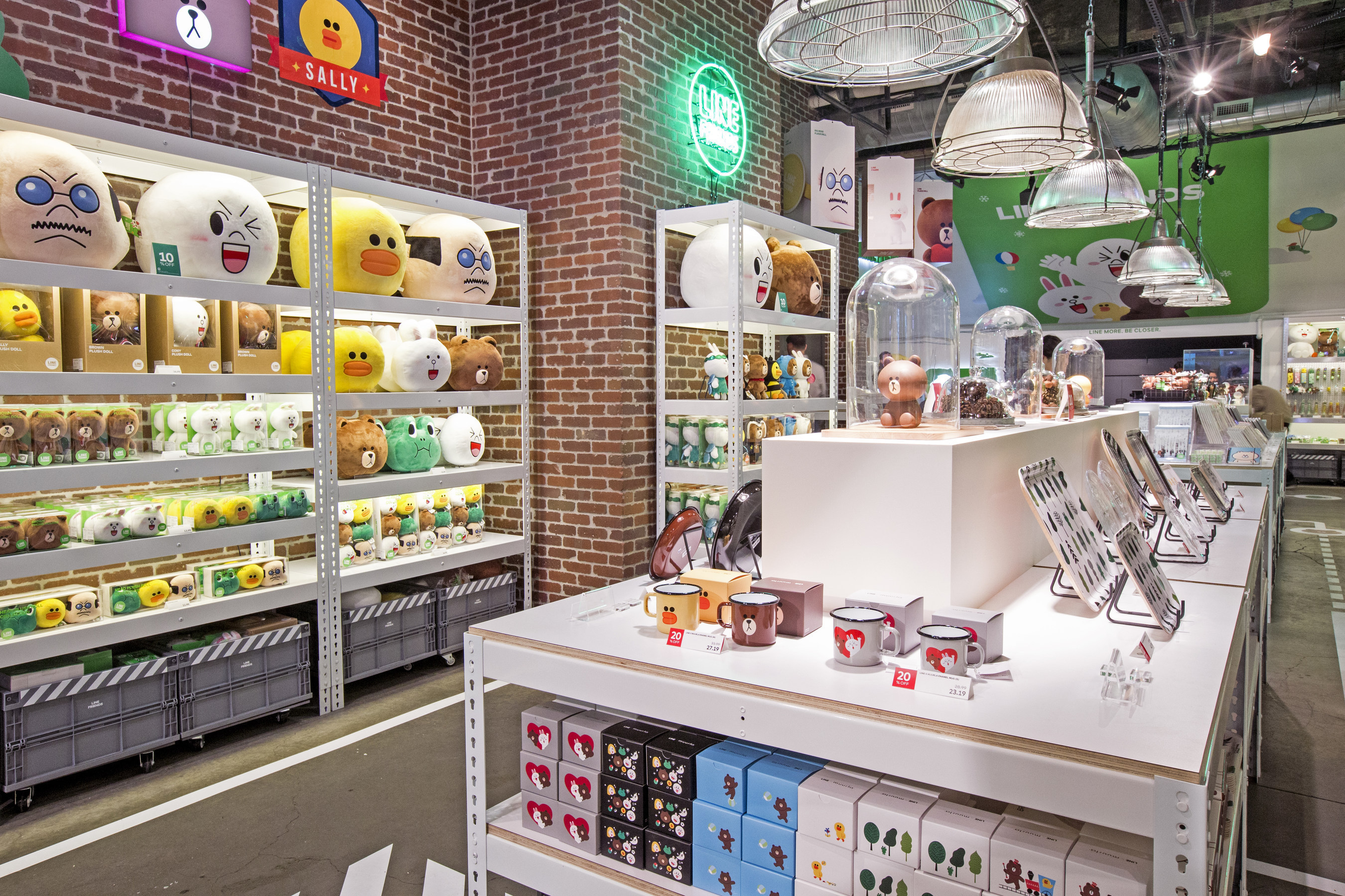 LINE FRIENDS in NEW YORK aims to bring the ultimate LINE experience for everyone to enjoy.