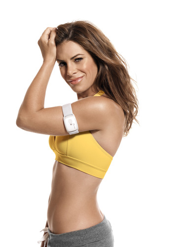 Jillian Michaels Wearing The BodyMedia FIT CORE Armband.  (PRNewsFoto/BodyMedia, Inc., Don Flood)