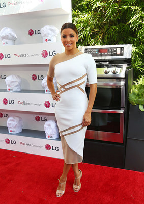 Eva Longoria arrives to the LG Fam-to-Table Series: ProBake Edition event celebrating the launch of LG's new line of ProBake Convection(TM) ranges on August 22, 2015, in Los Angeles.