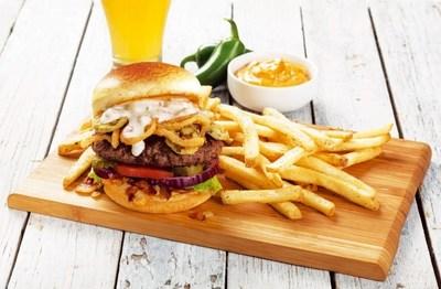 Texas All-In Burger. (PRNewsFoto/Applebee's)
