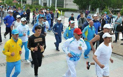Olympic Day in Astana was started with a race (PRNewsFoto/Almaty 2022)