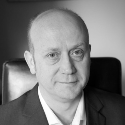 AeroMobil announces its new Chief Technical Officer (CTO) Douglas MacAndrew (PRNewsFoto/AeroMobil s.r.o.) (PRNewsFoto/AeroMobil s.r.o.)