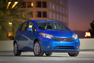 NISSAN TO FEATURE FAN-MADE INSTAGRAM AND VINE VIDEOS IN TV COMMERCIAL.  (PRNewsFoto/Nissan North America)