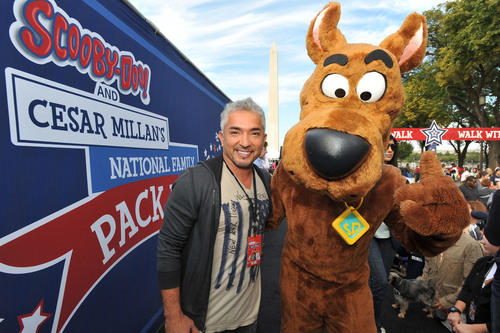 Cesar Millan & Scooby-Doo at 2nd Annual National Family Pack Walk, Sept. 29, 2012 in D.C.  (PRNewsFoto/Warner ...