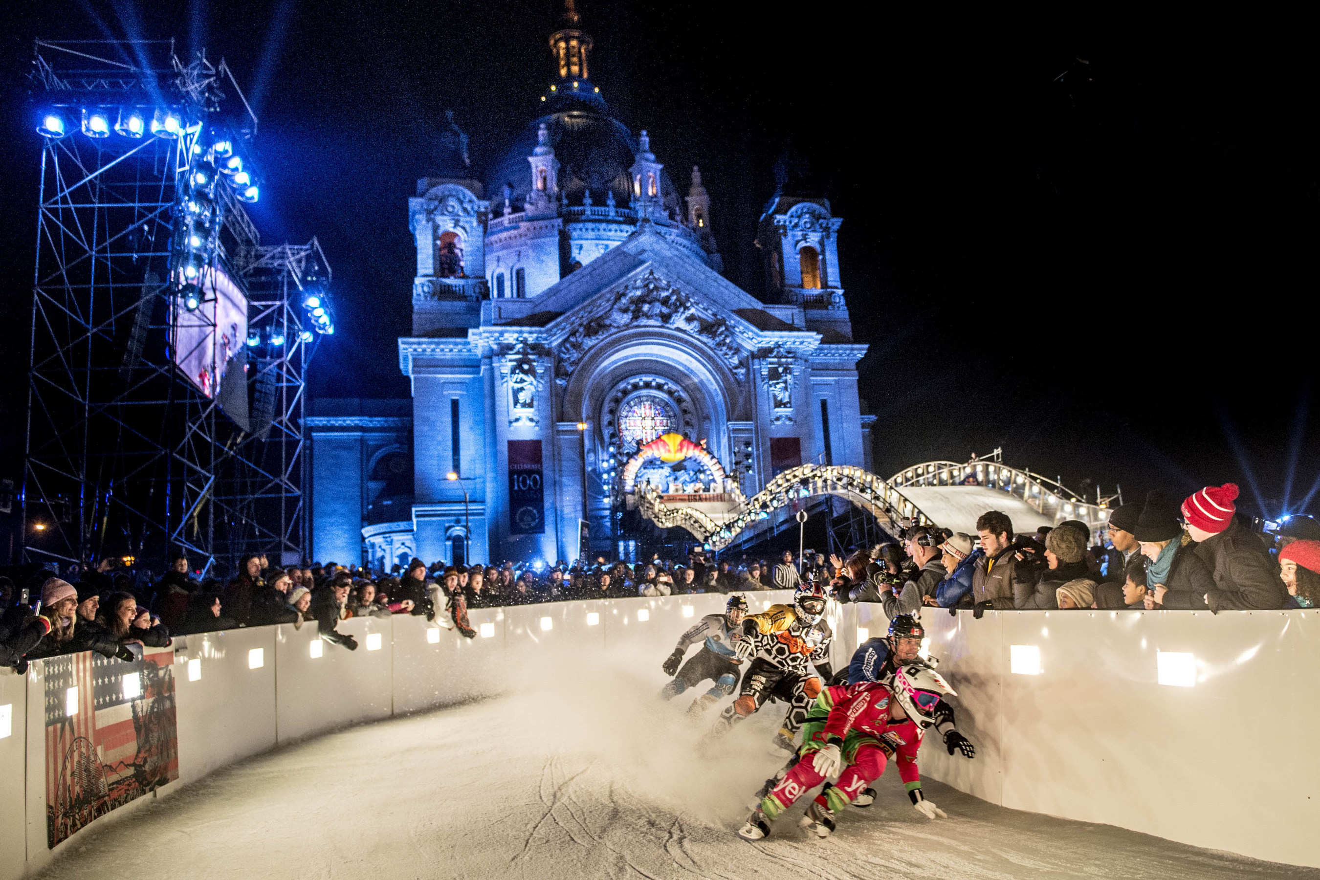 Riders fight for victory at Red Bull Crashed Ice Saint Paul 2015.