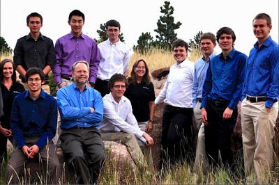 The PetroDE Team, with Alan Lindsey, CEO (lower left arms folded). (PRNewsFoto/PetroDE) (PRNewsFoto/PETRODE)