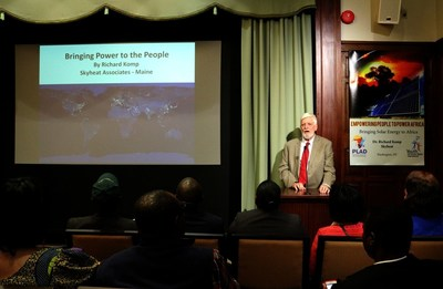 Dr. Richard Komp, co-founder and director of Skyheat, at a seminar held April 2, 2016, at the Church of Scientology National Affairs Office in Washington, D.C.