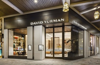 David Yurman Boutique Exterior Shot at Ala Moana Center in Honolulu, Hawaii / Photo Credit: Olivier Koning Photography