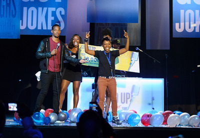 Actor/Comedian Marlon Wayans (L/R) congratulates Dallas comic, Keisha Hunt as the winner of the 2013 Stand Up. It's Miller Time national comedy search.(Photo courtesy of MillerCoors/Paul Abell).  (PRNewsFoto/MillerCoors)