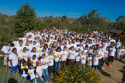San Diego-based Bridgepoint Education and Ashford University employees volunteer to beautify the San Diego River Garden in East Mission Valley.  (PRNewsFoto/Bridgepoint Education, Inc.)
