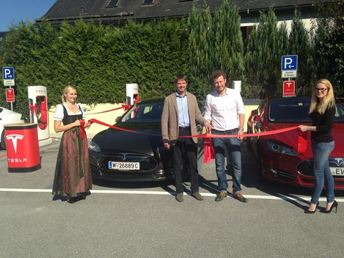 Salzburg is now supercharged! Richard Absenger, general manager of the Hotel Kaiserhof and Daniel Hammerl, ...