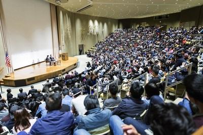 Wanda Dalian Chairman Wang Jianlin Gives a Lecture at Harvard (PRNewsFoto/Dalian Wanda Group)