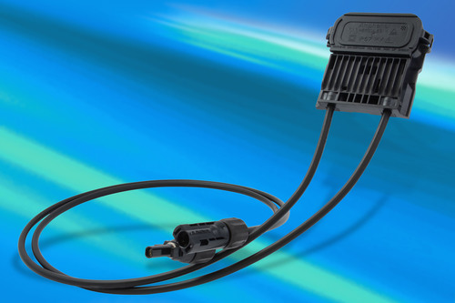 New Junction Box Meets Stringent Requirements of the Solar Industry from Amphenol. (PRNewsFoto/Amphenol Industrial Global Operations) (PRNewsFoto/AMPHENOL INDUSTRIAL GLOBAL...)