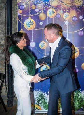 Bingo! You must be… Casey Batchelor meets James Jordan at the GalaBingo.com World Record party