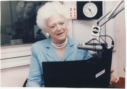 Malvern School First in Nation To Re-Launch Mrs. Bush's Story Time