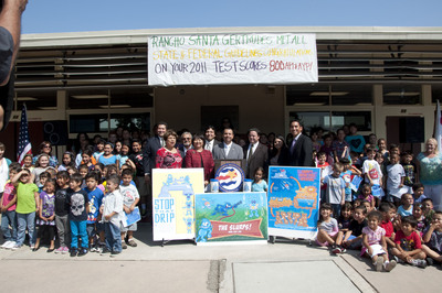 """125 local students from Rancho Santa Gertrudes Elementary School kick off Water Replenishment District's """"Protect Your Groundwater Day.""""  (PRNewsFoto/Water Replenishment District of Southern California)"""