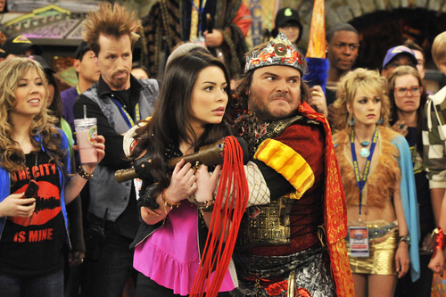 Jack Black Guest Stars in New iCarly TV Movie, 'iStart a Fan War,' Premiering Friday, Nov. 19, at 8