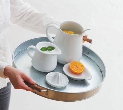 KAHLA porcelain - Magic Grip - No slipping. No scratching. No clattering. (PRNewsFoto/KAHLA_Thuringen Porzellan GmbH)
