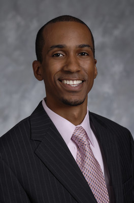 "Raymone Jackson, director of diversity and inclusion for Northwestern Mutual, is a 2016 recipient of The Network Journal's ""40 Under Forty"" Award."