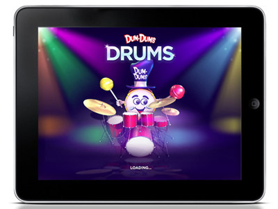 "Spangler Candy Company, maker of Dum Dums lollipops, announces the release of ""Dum Dums Drums"", a new free iPad app that challenges drumming and memory skills.  Dum Dums' famous mascot, the Dum Dums Drum Man, sets the stage and grabs the sticks, challenging players to ""repeat the beats"" and match his legendary drumming skills by tapping drums and cymbals with their fingers. Dum Dums Drums is available on iTunes. (PRNewsFoto/Spangler Candy Company)"