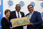 President and Chief Operating Officer of Vulcan Inc. Barbara Bennett, United States Secretary of Transportation Anthony Foxx and Mayor of Columbus Andrew Ginther announce the Smart City Challenge winner, Columbus, Ohio at the city's Douglas Community Recreation Center.