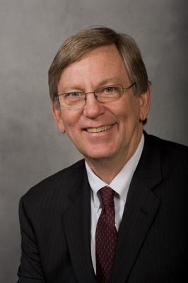 Veteran Multimedia Journalist Tom Kennedy named Managing Editor/Digital News at PBS NEWSHOUR.  (PRNewsFoto/PBS NEWSHOUR)