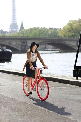 Macy's Maison Jules x Martone Cycling Co. Bikes Debut.  (PRNewsFoto/Macy's)
