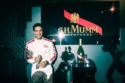 Mumm Grand Cordon and driver Lucas Di Grassi (PRNewsFoto/Maison Mumm)