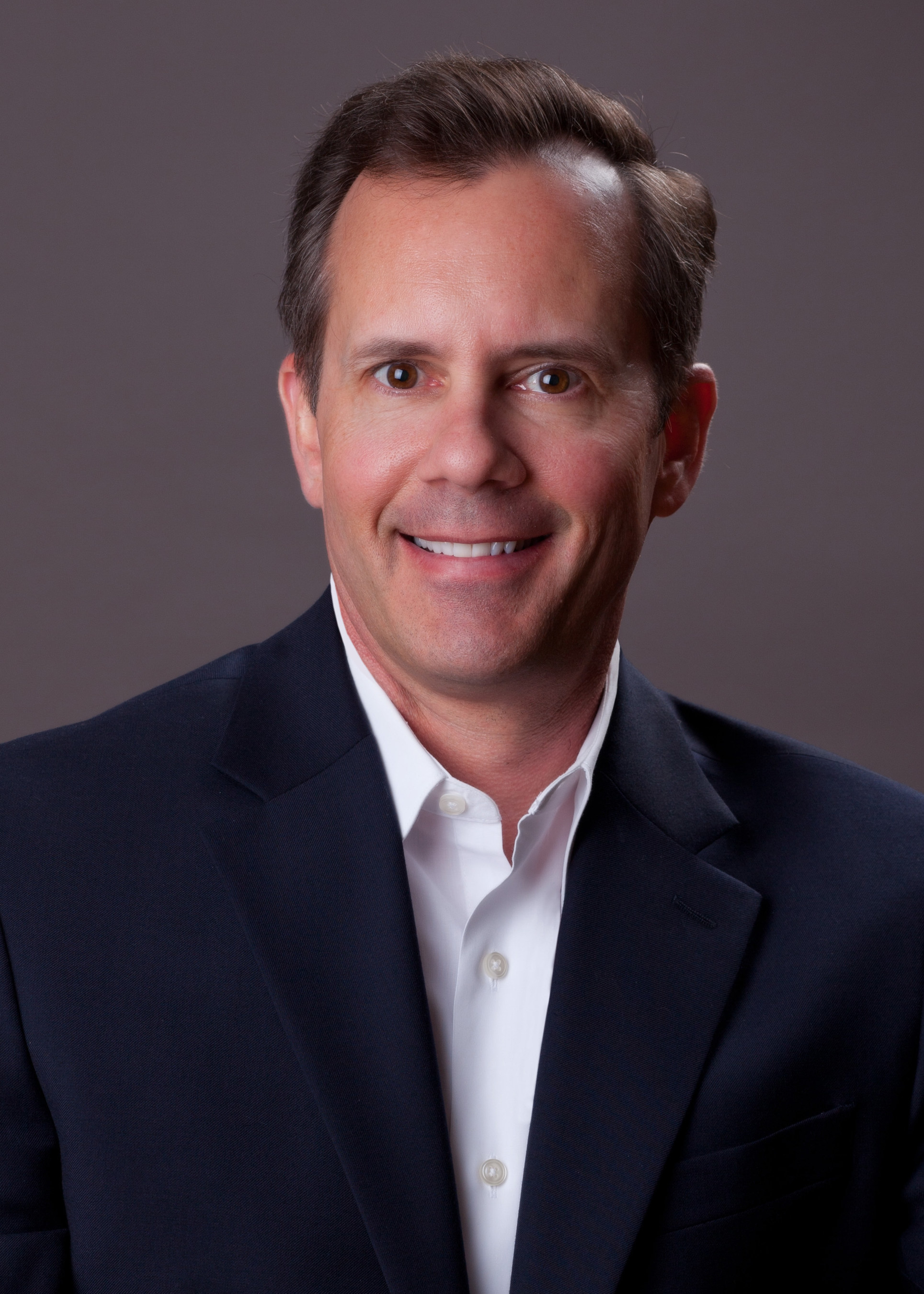 Discount Electronics Announces New Chief Executive Officer (CEO)