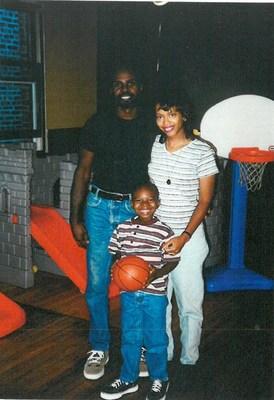 Joya Pipkin with her son, Ronald Willis, Jr.