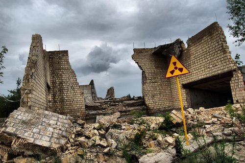 American fuel at Soviet nuclear power plants could cause second Chernobyl (PRNewsFoto/IUVNEI)