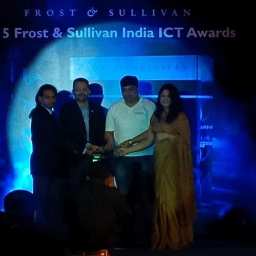 Ozonetel wins the 'Technology Innovation Leadership in Cloud Telephony Solutions' (PRNewsFoto/Ozonetel Systems Pvt. Ltd)
