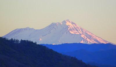 Shasta Cascade (PRNewsFoto/Visit Redding)