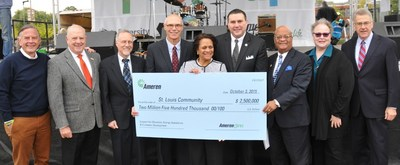 Pictured (left to right): Danny Ludeman, president and CEO of Concordance Academy of Leadership;  David Hilliard, president and CEO of The Wyman Center; Thomas George, chancellor, University of Missouri-St. Louis; Warner Baxter, chairman, president and CEO of Ameren; Sharon Harvey Davis, vice president and chief diversity officer for Ameren; Mike McMillan, president and CEO of the Urban League of Metropolitan St. Louis; Earl Nance, Jr., chairman emeritus of Heat up St. Louis; Carol Scott, CEO of Child Care Aware of Missouri; Rich McClure, co-chair, Ferguson Commission.