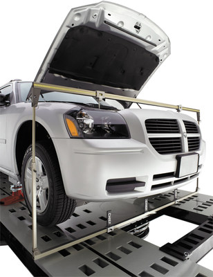 Measure an Entire Vehicle for Better Repairs with New Chief LaserLock™ Upper Body Bar