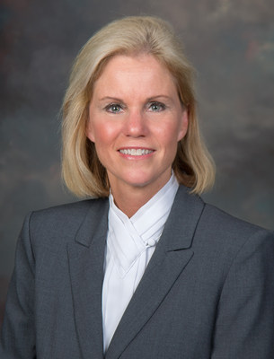 Donna Slyster named CIO for Saddle Creek Logistics Services (PRNewsFoto/Saddle Creek Logistics Services)