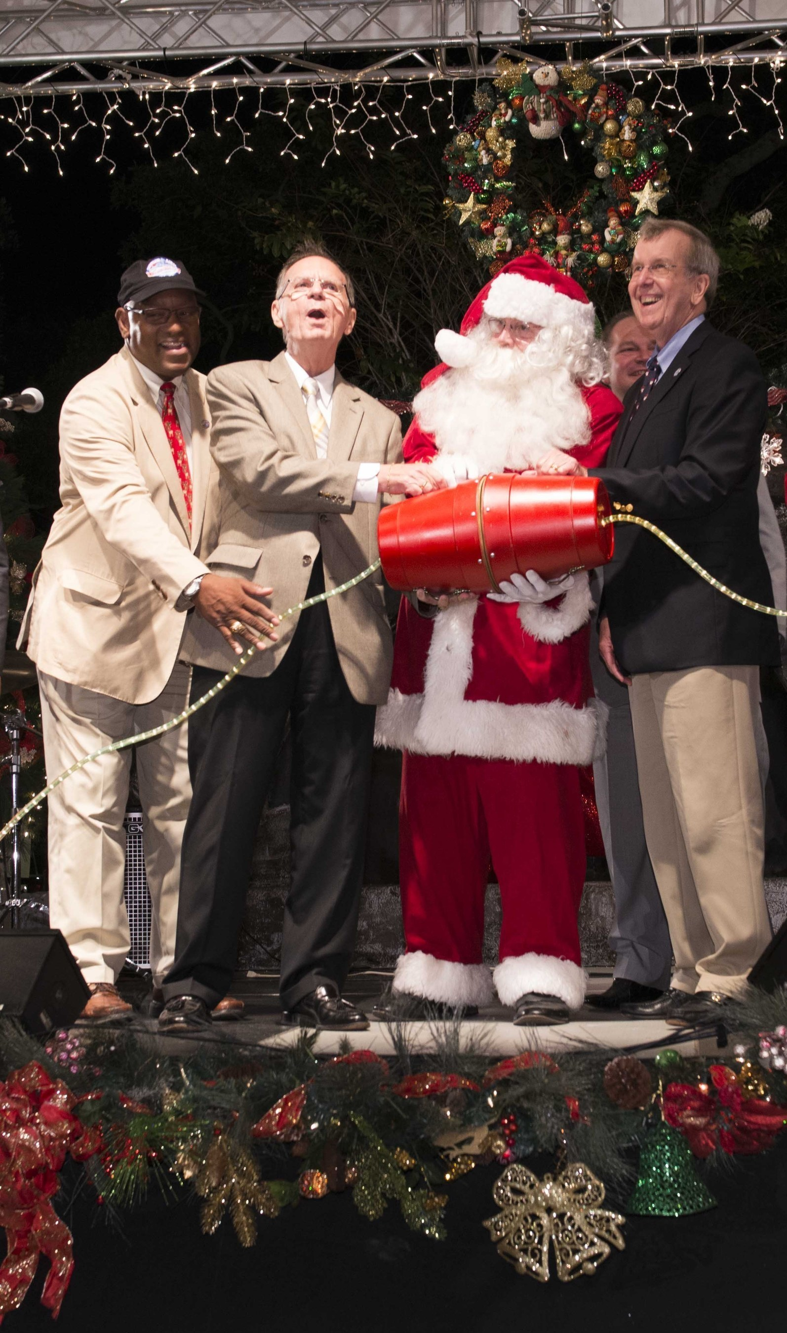 23rd Annual Church of Scientology Co-Sponsored Winter Wonderland Opens to Official Fanfare