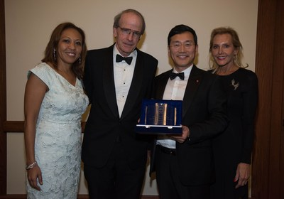 Faith Taylor, Board Chair, U.S. Green Building Council-New Jersey Chapter; Laurance Rockefeller, President, American Conservation Association; William Cho, President and CEO, LG Electronics USA; and Florence Block, Executive Director, USGBC NJ.