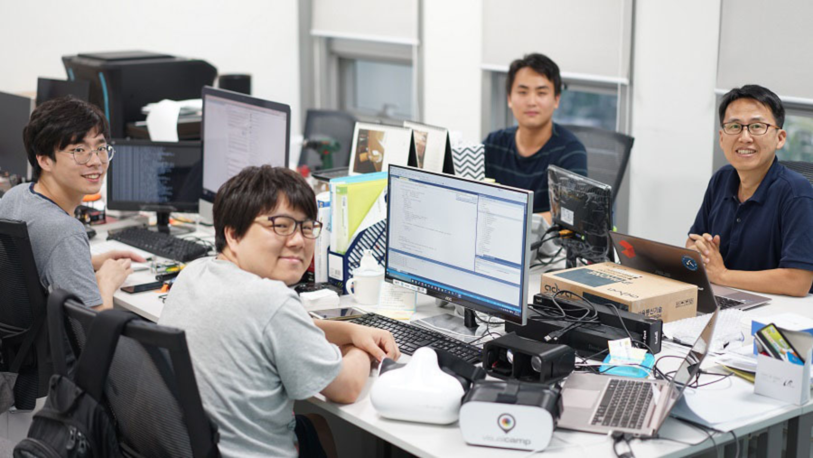 """Korean Startup """"VisualCamp"""" known for its eye tracking technology with Virtual Reality used for mobile phones has been selected in Red Herring's Top 100 most promising startups in Asia."""