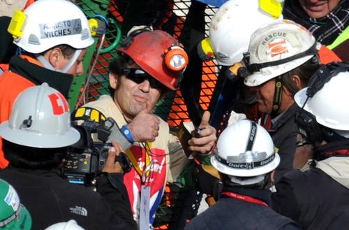 Nonin Medical's Onyx® II 9560 Wireless Pulse Oximeter Aids Chilean Miner Rescue:  Company to Also