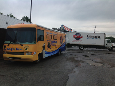 Hill's Pet Nutrition's Disaster Relief Network Sends Needed Pet Food and Supplies to Feed Cats and Dogs in Moore Oklahoma