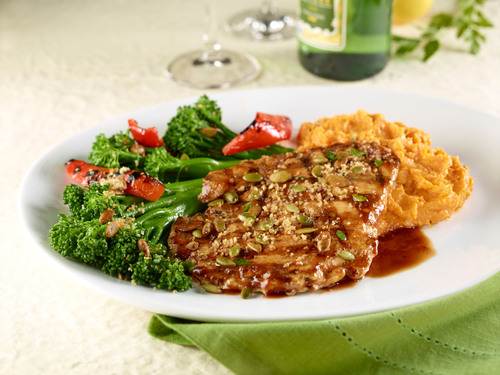 Springer Mountain Farms All-Natural Grilled Chicken Breast is featured on Seasons 52 Autumn menu.  (PRNewsFoto/Seasons 52)