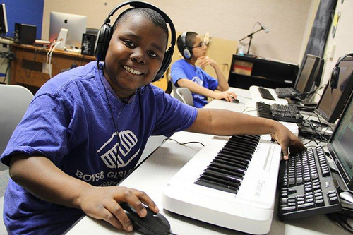 Boys & Girls Club of Green Bay youth enjoy learning digital music production thanks to a grant from The Wallace Foundation.  (PRNewsFoto/Boys & Girls Clubs of America)
