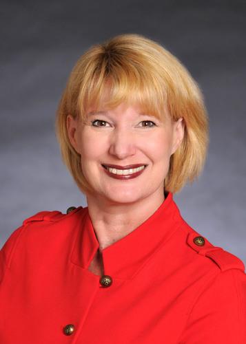 Leah Bennett, CFA, CIC, Co-Chief Investment Officer, South Texas Money Management, Ltd. (PRNewsFoto/South Texas  ...