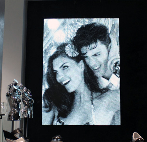 D3 Hits the Fashion Runway; Unveils Stunning LED Digital Display for New GUESS Flagship Store on
