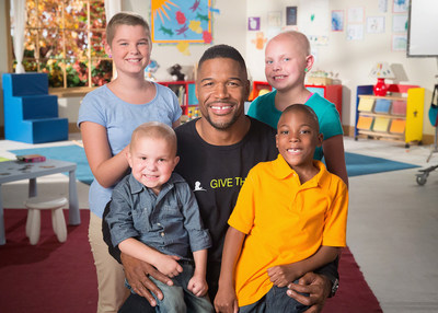 Michael Strahan is one of several celebrities to star in 11th annual St. Jude Thanks and Giving(R) campaign this holiday season (Photo credit: St. Jude Children's Research Hospital).